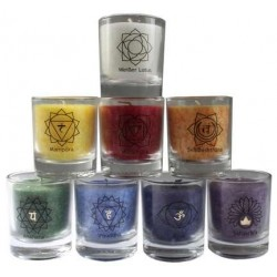 Ensemble de 8 petites bougies - 7 chakras et Lotus Blanc