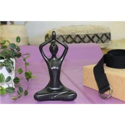 Statuette en Porcelaine Posture du Lotus Anjali Mudra Noir mat 20 cm
